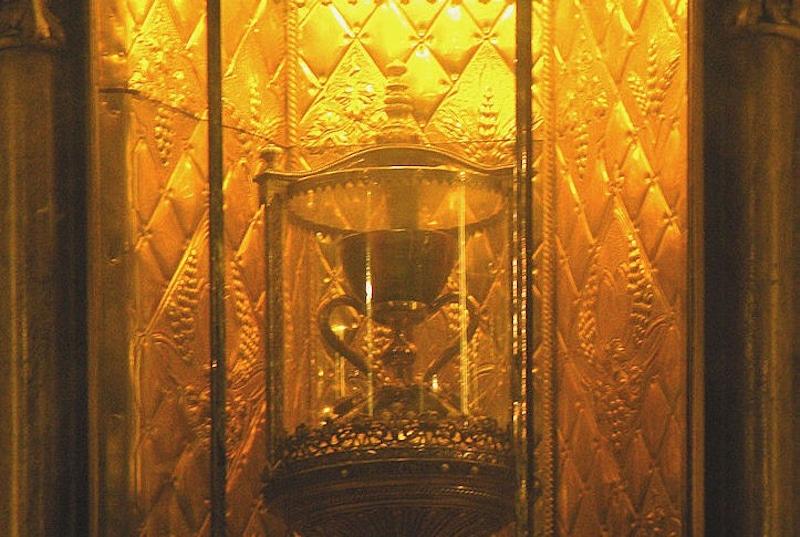 Photo Credit: https://commons.wikimedia.org/wiki/File:Holy_Grail.jpg