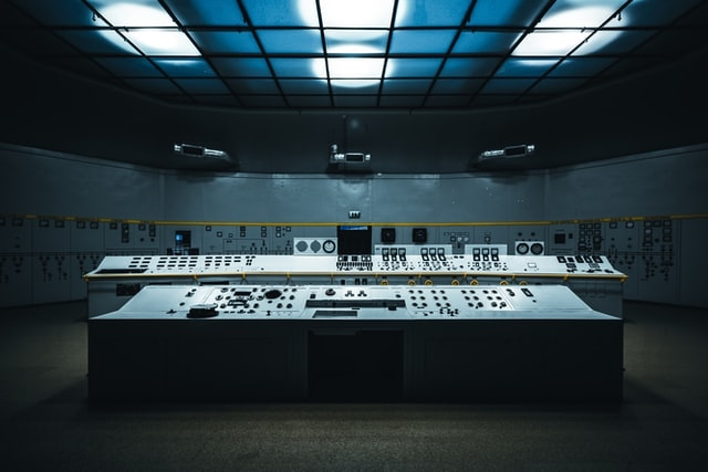Control room, photo by Patryk Grądys on Unsplash